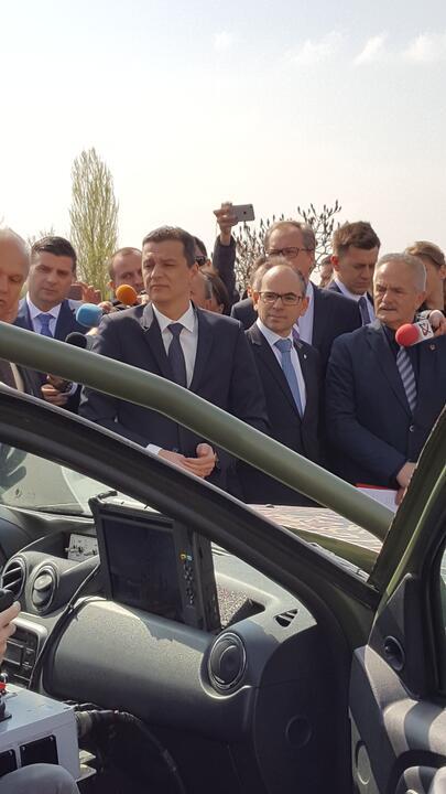 Dacia 2017 Slide 2